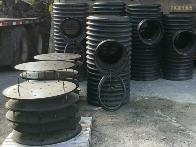 puisard regard ciment lacasse. Black Bedroom Furniture Sets. Home Design Ideas
